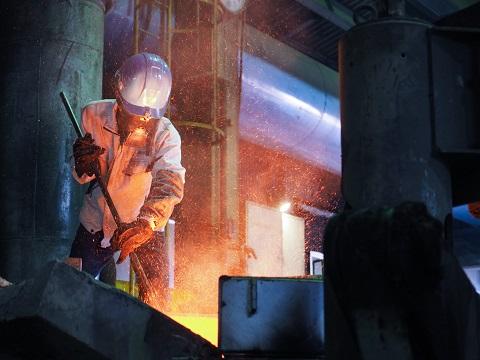 03. 高品質な鋳物の生産 ~溶解へのこだわり~